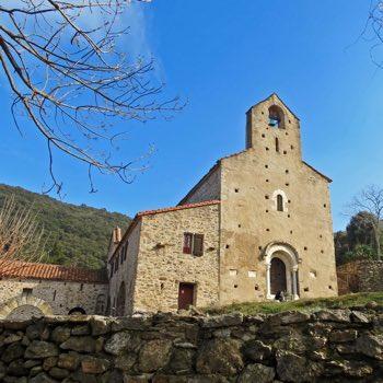 Farmhouse rental south of France