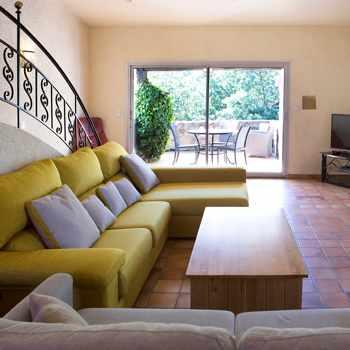 Farmhouse rental south of France
